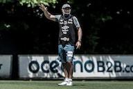 Técnico do León deixa cargo que deve ser assumido por Ariel Holán
