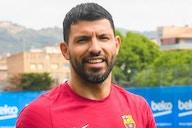 No Barcelona, Aguero encurta férias para iniciar trabalhos físicos
