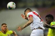 Paolo Guerrero foi cortado da Copa América por lesão e se recusou a fazer infiltração!