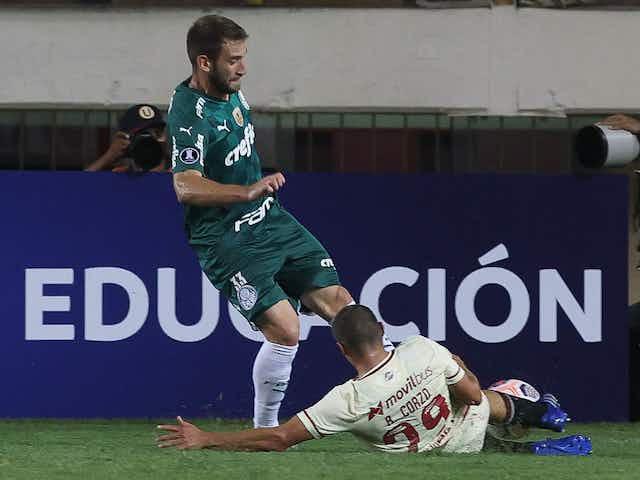 Expulsão de Alan Empereur amplia número de cartões vermelhos recentes do Palmeiras
