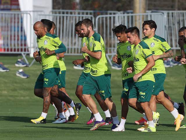 Após liberação, Palmeiras treina em Lima e encerra preparação para estreia da Libertadores