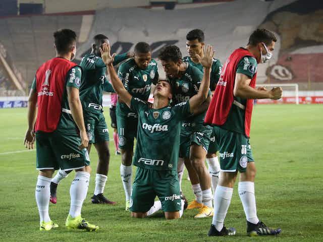 Herói do Palmeiras, Renan revela 'frio na barriga' e celebra vitória no fim pela Libertadores