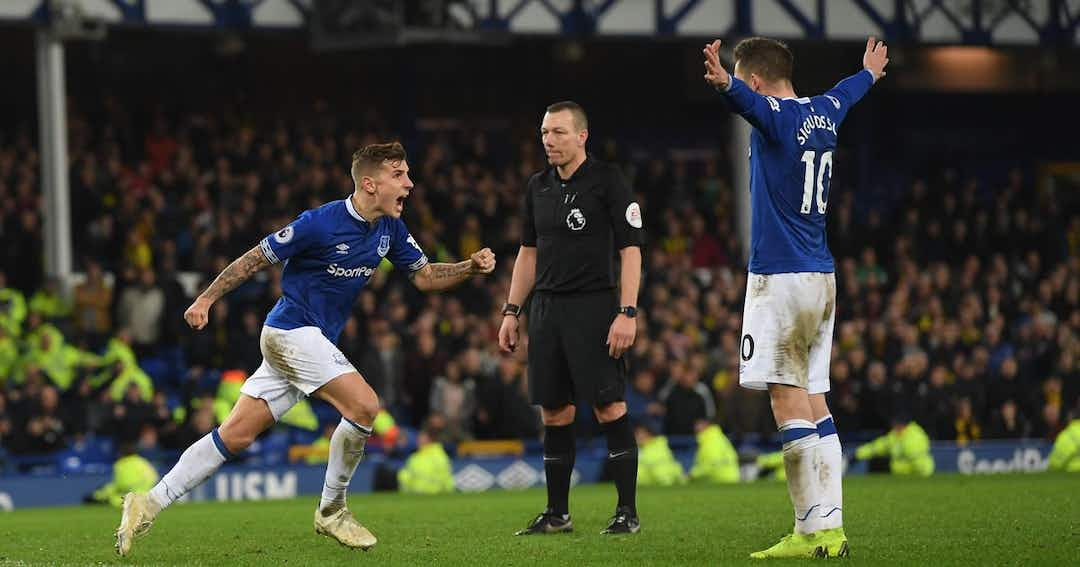 Comparing Liverpool's Robertson and Everton's Lucas Digne