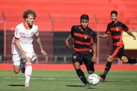Internacional Vence O Sport E Assume A Lideranca Do Brasileirao Sub 20 Onefootball