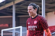 Arsenal goalkeeper Lydia Williams pens new contract