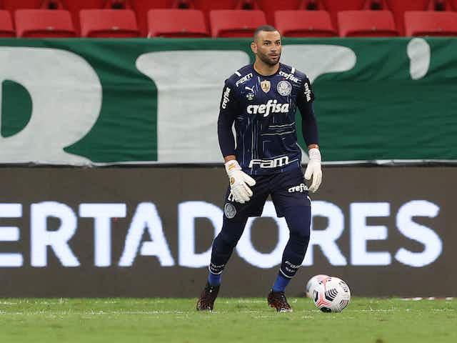 Weverton explica último pênalti do Palmeiras: 'Fui escalado para bater e fui'