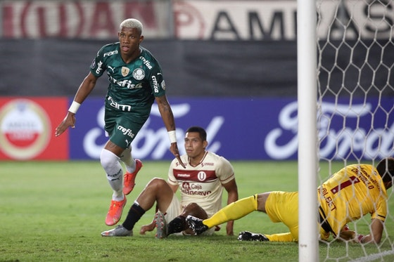 Imagem do artigo: https://image-service.onefootball.com/crop/face?h=810&image=https%3A%2F%2Fi2.wp.com%2Fnossopalestra.com.br%2Fwp-content%2Fuploads%2F2021%2F04%2FUniversitario-x-Palmeiras-2.jpeg%3Ffit%3D1280%252C854%26ssl%3D1&q=25&w=1080