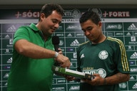 Alexandre Mattos, ex-diretor do Palmeiras, afirma que Dudu 'está voltando'