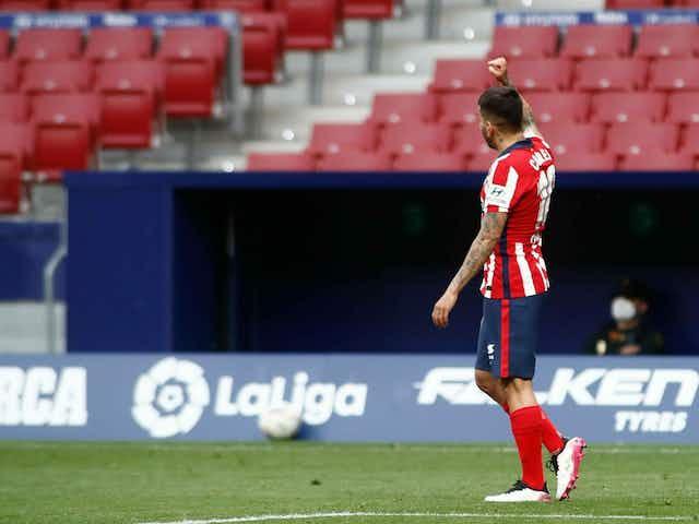 O Atlético de Madrid cumpriu sua parte contra o Huesca e retomou a vantagem na liderança
