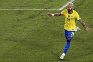 Após Messi, Neymar critica gramado do Nilton Santos: 'Por favor, arruma o campo'