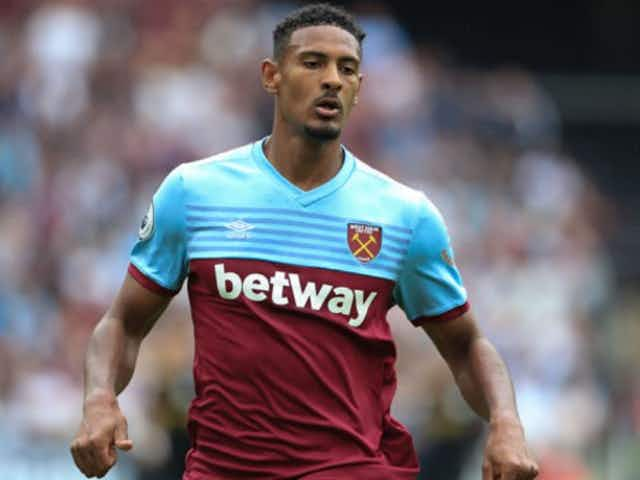 Harsh Words From David Moyes For West Ham S Sebastian Haller