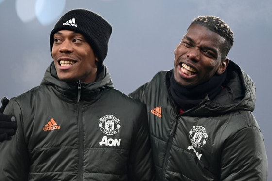 Article image: https://image-service.onefootball.com/crop/face?h=810&image=https%3A%2F%2Ficdn.caughtoffside.com%2Fwp-content%2Fuploads%2F2021%2F03%2Fanthony-martial-and-paul-pogba.jpg&q=25&w=1080