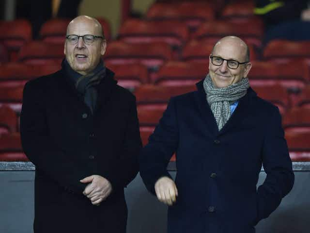 """""""What an absolute weasel"""" – These Man United fans call for #GlazersOut after Super League open letter"""
