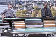 Wee Roy Keane goes full Cristiano Ronaldo as he copies former Man Utd teammate's trademark tippy toes pose next to ex-Arsenal foe