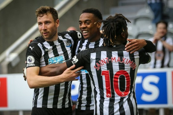 Article image: https://image-service.onefootball.com/crop/face?h=810&image=https%3A%2F%2Ficdn.caughtoffside.com%2Fwp-content%2Fuploads%2F2021%2F06%2Fnewcastle-willock-saint-maximin.jpg&q=25&w=1080