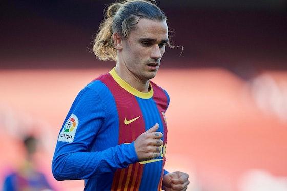 Article image: https://image-service.onefootball.com/resize?fit=max&h=779&image=https%3A%2F%2Ficdn.caughtoffside.com%2Fwp-content%2Fuploads%2F2021%2F07%2FGriezmann-Barcelona-el-clasico-shirt.jpg&q=25&w=1080