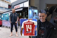 (Photo) Arsenal ace Aubameyang debuts new hairstyle after trip to Phil Foden's bleaching barber