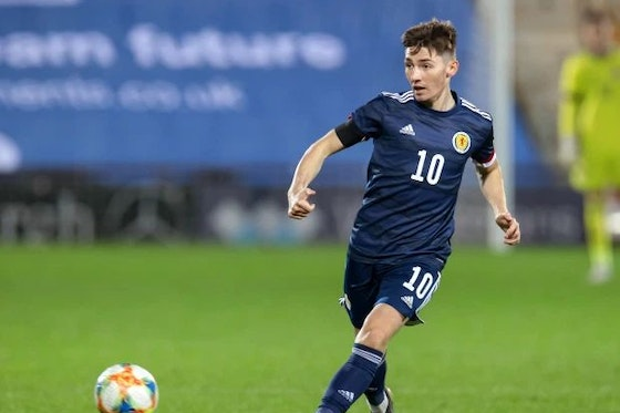 Article image: https://image-service.onefootball.com/crop/face?h=810&image=https%3A%2F%2Ficdn.chelsea-news.co%2Fwp-content%2Fuploads%2F2021%2F06%2Fbilly-gilmour-3465.jpg&q=25&w=1080