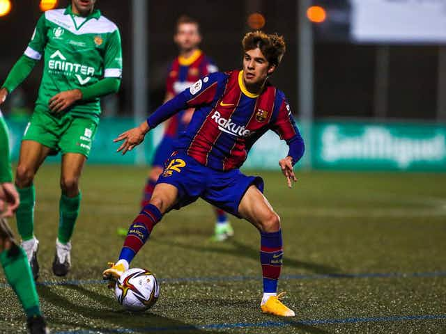Barcelona open to Riqui Puig loan move in 2021
