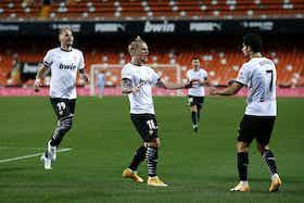 Article image: https://image-service.onefootball.com/crop/face?h=810&image=https%3A%2F%2Ficdn.football-espana.net%2Fwp-content%2Fuploads%2F2021%2F01%2Fvalencia-cf-v-elche-cf-la-liga-santander.jpg&q=25&w=1080