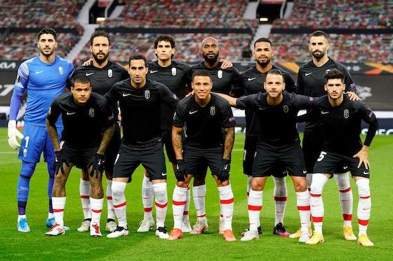 Article image: https://image-service.onefootball.com/resize?fit=max&h=720&image=https%3A%2F%2Ficdn.football-espana.net%2Fwp-content%2Fuploads%2F2021%2F04%2FGranada-1.jpg&q=25&w=1080