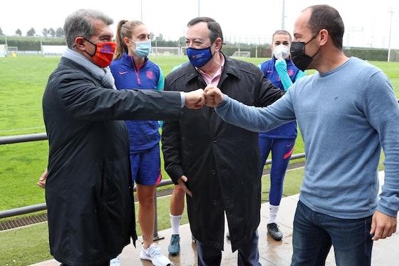 Article image: https://image-service.onefootball.com/crop/face?h=810&image=https%3A%2F%2Ficdn.football-espana.net%2Fwp-content%2Fuploads%2F2021%2F05%2FJoan-Laporta-1.jpg&q=25&w=1080