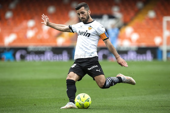 Article image: https://image-service.onefootball.com/resize?fit=max&h=720&image=https%3A%2F%2Ficdn.football-espana.net%2Fwp-content%2Fuploads%2F2021%2F05%2FValencia-v-Real-Valladolid.jpg&q=25&w=1080