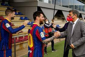 Article image: https://image-service.onefootball.com/crop/face?h=810&image=https%3A%2F%2Ficdn.football-espana.net%2Fwp-content%2Fuploads%2F2021%2F06%2FLionel-Messi-and-Joan-Laporta.jpg&q=25&w=1080