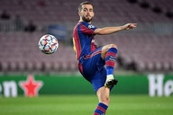 Barcelona have to convince interested club to sign Miralem Pjanic