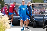 Ronald Koeman to meet with Barcelona's sporting management in Germany this evening