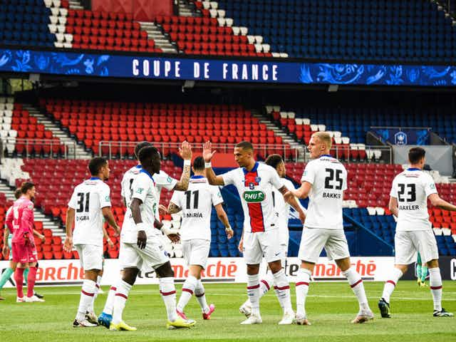 Video: Angers Gifts PSG With a Coupe de France Own Goal Following a Key Neymar Shot Attempt