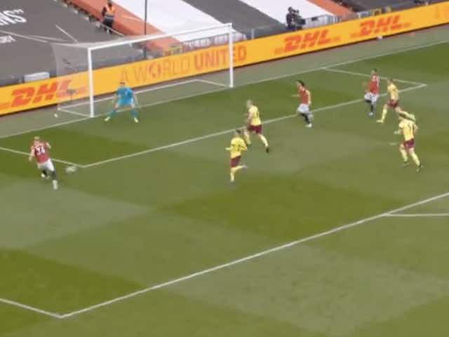 (Video) Donny van de Beek plays crucial part in Edinson Cavani tap-in vs Burnley