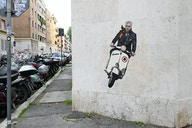 Photo: Mourinho's Mural in Rome Defaced With Addition of New Lazio Coach Sarri