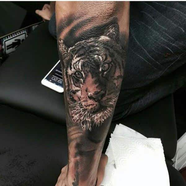 Los Tatuajes De Neymar Cuántos Tiene Diseños Y Fotos Onefootball