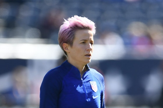 Article image: https://image-service.onefootball.com/crop/face?h=810&image=https%3A%2F%2Fimages.performgroup.com%2Fdi%2Flibrary%2Fomnisport%2F1c%2F47%2Fmegan-rapinoe-cropped_1nhjteawwe10e1kewiu2kxftl3.jpg%3Ft%3D1293701966&q=25&w=1080