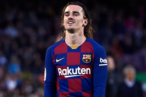 Article image: https://image-service.onefootball.com/crop/face?h=810&image=https%3A%2F%2Fimages.performgroup.com%2Fdi%2Flibrary%2Fomnisport%2Fa7%2Faf%2Fantoinegriezmann-cropped_1g3kvjcppb9z91m5i310wrwo57.jpg%3Ft%3D-1002421054&q=25&w=1080