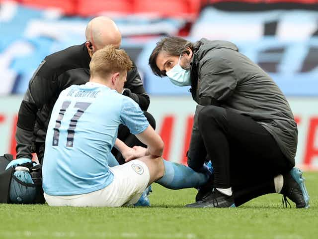 De Bruyne ankle injury 'doesn't look good', says Guardiola