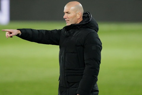 Article image: https://image-service.onefootball.com/crop/face?h=810&image=https%3A%2F%2Fimages.performgroup.com%2Fdi%2Flibrary%2Fomnisport%2Ffe%2F87%2Fzinedinezidane-cropped_49kp9qrp15xh15faaso3si2zx.jpg%3Ft%3D1265208998&q=25&w=1080