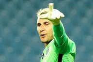 Manchester United linked with Paris St Germain's Keylor Navas