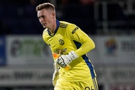 Man Utd keeper Henderson: I'm with England to support Pickford