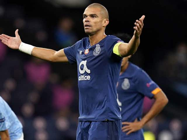 Porto defender Pepe walks out on interview after Chelsea win