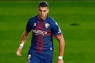 Mendes offers Wolves striker Rafa Mir to Barcelona