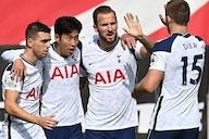 Tottenham director Robson steps down