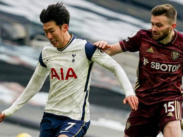 Son penalty steals late win for Tottenham over Southampton in Mason's first game