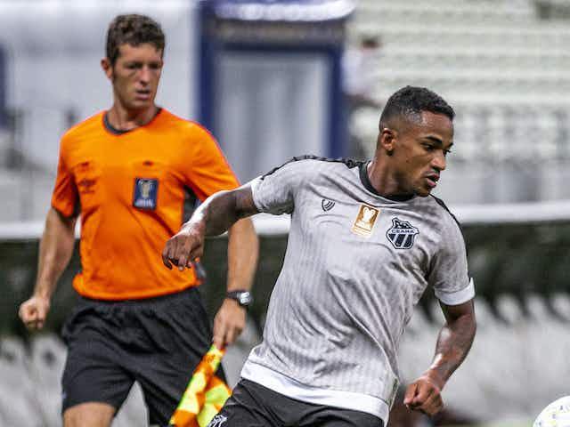 Eduardo irá rescindir contrato com o Ceará para acertar com o América-MG