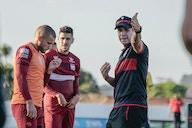 Com dúvidas na escalação, Jorginho comanda último treino antes de encarar o Palestino