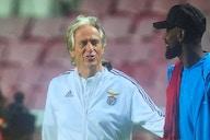 Gerson tem reencontro emocionante com Jesus no empate do Benfica com o Olympique