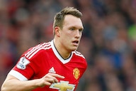 Transfer News: Manchester United prepared to let Phil Jones leave for free