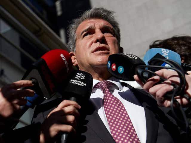Presidente do Barcelona quebra silêncio sobre Superliga e contradiz Uefa