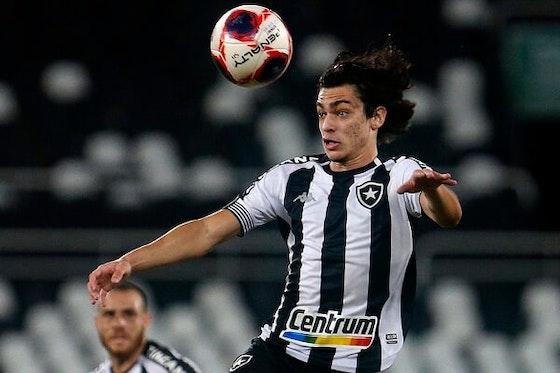 Imagem do artigo: https://image-service.onefootball.com/crop/face?h=810&image=https%3A%2F%2Fmaisqueumjogo.com.br%2Fwp-content%2Fuploads%2F2021%2F05%2FMatheus-Nascimento-Botafogo.jpg&q=25&w=1080